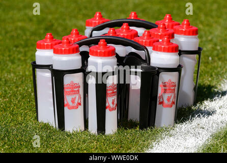 London, Inited Kingdom. 08th Sep, 2019. LONDON, UNITED KINGDOM SEPTEMBER 15. Liverpool water Bottles during Barclays FA Women's Super League between Tottenham Hotspur and Liverpool at The Hive Stadium, London, UK on 15 September 2019 Credit: Action Foto Sport/Alamy Live News - Stock Photo