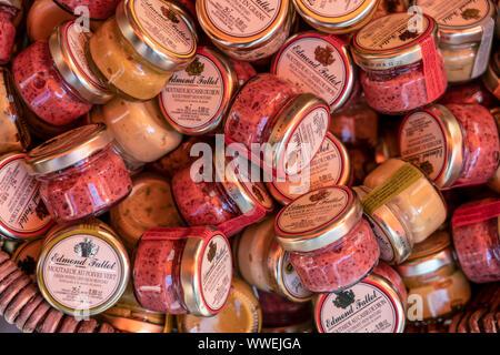 Edmond Fallot mustard, street market, Dijon, Burgundy, France - Stock Photo