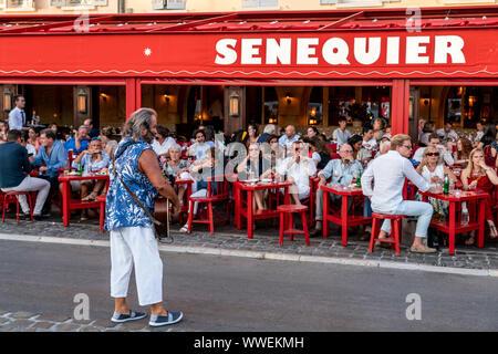 Cafe Senequier, Vieux Port, Saint Tropez,  Var, Cote d'Azur, - Stock Photo