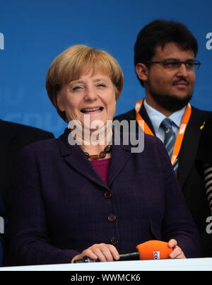 Bundeskanzlerin Dr. Angela Merkel (CDU,MbB) bei CDU-Wahlkampfveranstaltung am 17.9.13 in Magdeburg - Stock Photo
