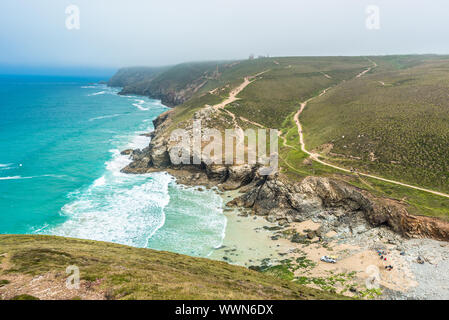 Stunning coastal scenery at Chapel Porth on the St Agnes Heritage coast in Cornwall, England, UK. - Stock Photo