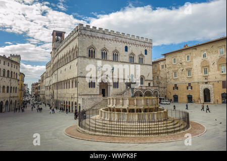 Fontana Maggiore on Piazza IV Novembre in Perugia, Umbria, Italy - Stock Photo