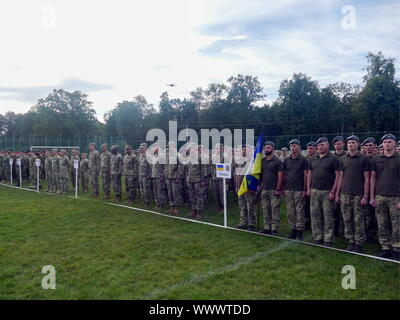 Lviv, Ukraine. 16th Sep, 2019. Ukrainian servicemen at a ceremony to start the Rapid Trident 2019 multinational military exercise at Yavoriv range; the war game involves over 3,600 soldiers and 600 army vehicles from the US, Ukraine, United Kingdom, Bulgaria, Georgia, Lithuania, Turkey, Moldova, Canada, Poland and Romania. Credit: ITAR-TASS News Agency/Alamy Live News - Stock Photo