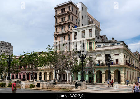 LA HAVANA, CUBA - JUNE  27, 2019: Cuban Colonial Architecture, To venture through Havana is to take a true history lesson of all the styles of archite - Stock Photo