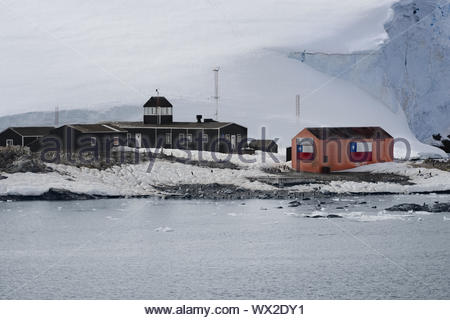 Chilean Antarctic Research base Gonzalez Videla. Situated on the Antarctic Peninsula at Paradise Bay - Stock Photo