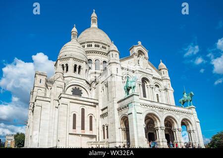 Basilica Coeur Sacre on Montmartre in Paris