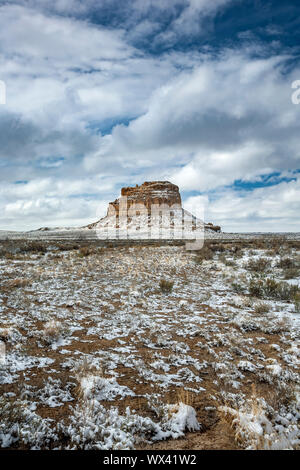 Fajada Butte under snow, Chaco Culture National Historical Park, New Mexico USA - Stock Photo
