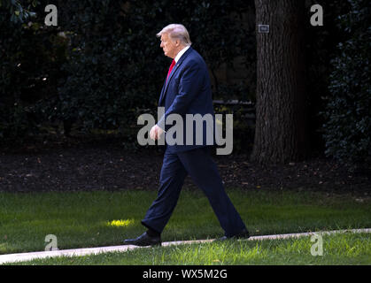 Washington DC, USA. 16th Sep, 2019. President Donald Trump departs the White House for a trip to New Mexico and California, in Washington, DC on Monday, September 16, 2019. Credit: UPI/Alamy Live News - Stock Photo