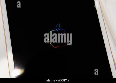 Krakow, Poland. 18th Sep, 2019. Apple logo is seen in an iPad at an Ispot sales point. Apple is to release the new Iphone 11 on September 20th. Credit: Omar Marques/SOPA Images/ZUMA Wire/Alamy Live News - Stock Photo