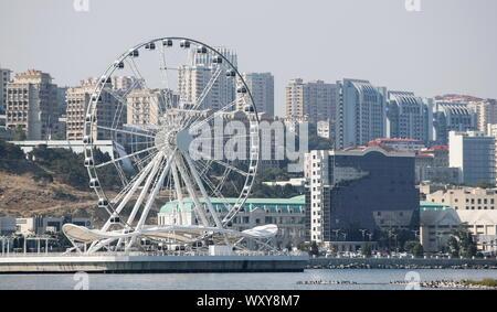 Baku, Azerbaijan. 18th Sep, 2019. BAKU, AZERBAIJAN - SEPTEMBER 18, 2019: A view of the Baku Ferris Wheel. Natalia Fedosenko/TASS Credit: ITAR-TASS News Agency/Alamy Live News