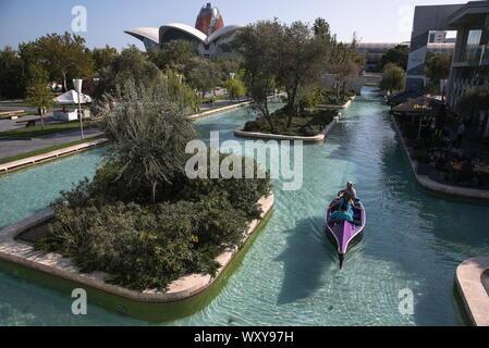 Baku, Azerbaijan. 18th Sep, 2019. BAKU, AZERBAIJAN - SEPTEMBER 18, 2019: Little Venice canal system. Natalia Fedosenko/TASS Credit: ITAR-TASS News Agency/Alamy Live News