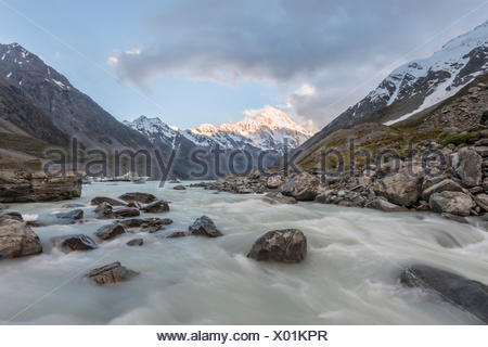 Hooker River, Hooker Valley, Rear Mount Cook, Mount Cook National Park, Southern Alps, Canterbury Region, Southland, New Zealand - Stock Photo