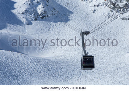 Mont fort, ropeway, cable railway, Mont fort, Verbier, winter, canton, VS, Valais, mountain, mountains, mountain road, ski, skii - Stock Photo