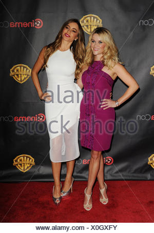 Actresses Reese Witherspoon (L) and Sofia Vergara arrive at Warner Bros. Pictures Invites You to ?The Big Picture at The Colosseum at Caesars Palace during CinemaCon, the official convention of the National Association of Theatre Owners, on April 21, 2015 in Las Vegas, Nevada., Additional-Rights-Clearances-NA - Stock Photo
