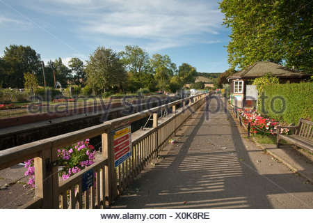 Mapledurham Lock on the River Thames, Berkshire, Uk - Stock Photo