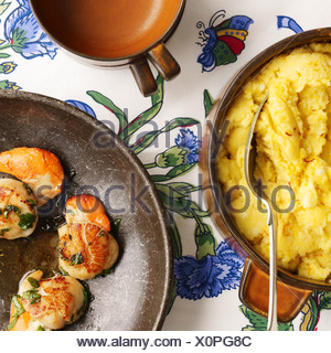 Saffron mash and shrimp - Stock Photo