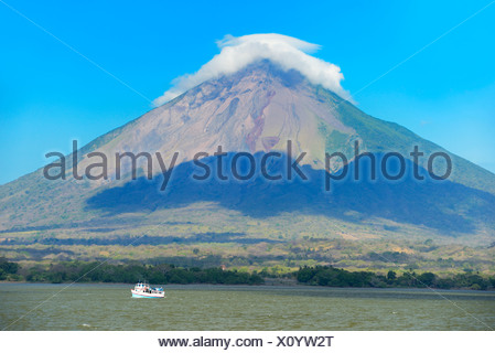 Central America, Nicaragua, Rivas, Isla Ometepe, UNESCO, Biosphere, Preserve, volcano, conception, Lago Nicaragua, mountain, lak - Stock Photo