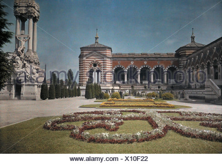 A view of the gardens outside the Cimitero Monumentale. - Stock Photo