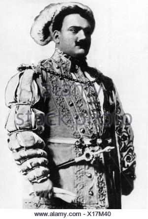 Caruso, Enrico, 25.2.1873 - 2.8.1921, Italian opera singer (tenor), half length, early 20th century, , Additional-Rights-Clearances-NA - Stock Photo