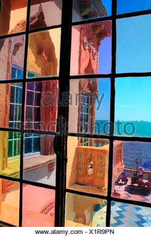View thru a window of the Ca d´Zan mansion in Sarasota Florida - Stock Photo