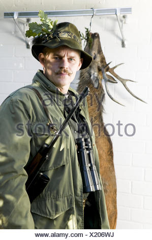 Stag, refrigeration, hunter, loot, hunt game, kills - Stock Photo