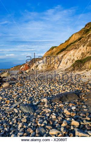 Coastal clay cliffs and rock formations along Moshup Beach, Gay Head, Aquinnah, Martha's Vineyard, Massachusetts, USA. - Stock Photo