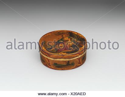 Snuffbox. Date: mid-18th century; Culture: French; Medium: Vernis martin on papier mâché, gold; Dimensions: 3 1/2 x 2 5/8 in. (8.9 x 6.7 cm); - Stock Photo