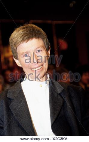 Hildebrandt, Regine, 26.4.1941 - 26.11.2001, German politician (SPD), labour minister (1990), portrait, 2001, Additional-Rights-Clearances-NA - Stock Photo