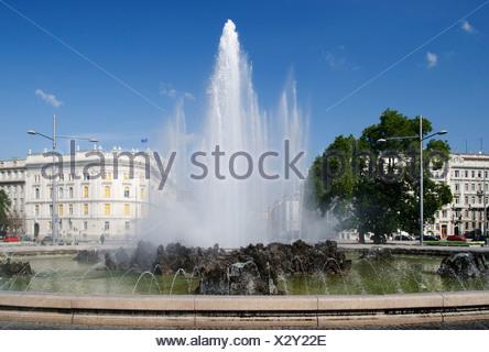 Fountain at Vienna's Schwarzenberg Platz square, Vienna, Austria, Europe - Stock Photo