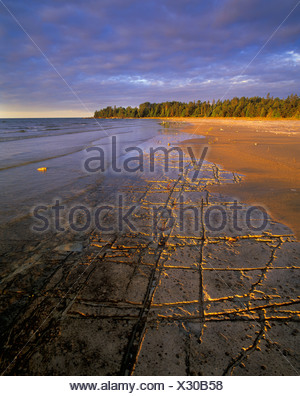 Manitoulin's Alvar coast in Misery Bay Provincial Nature Reserve, Manitoulin Island, Ontario, Canada. - Stock Photo