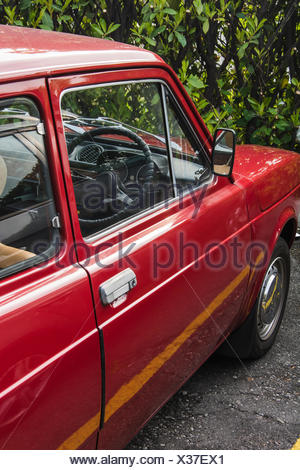 Roter Fiat - Stock Photo