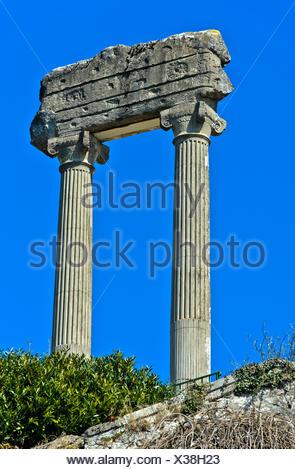 Corinthian columns from Noviodunum Helvetiorum, Nyon, Vaud, Switzerland - Stock Photo
