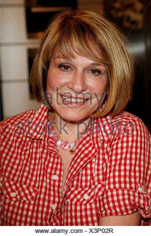 Roos Mary, * 9.1.1949, German musician (singer), portrait, guest in the German TV show 'Lafer!Lichter!Lecker!', Hamburg, 15.11.2010, Additional-Rights-Clearances-NA - Stock Photo