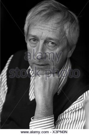 Transtroemer, Tomas, 15.4.1931 - 26.3.2015, Swedish author / writer, poet, Nobel Prize laureate (Literature) in 2011, portrait, mid 1990s, Additional-Rights-Clearances-NA - Stock Photo