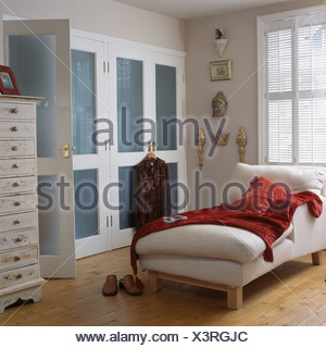 Red Velv; Red Velvet Throw On White Chaise Longue In Townhouse Bedroom With  Blue+white Fitted