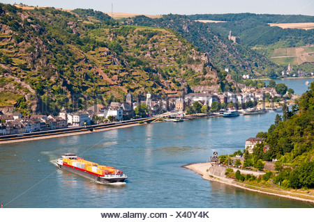 Container ship, freighter, Germany, Europe, Goarshausen, Loreley, rock, Rhine Valley, Rhineland Palatinate, Rhine, Rhineland - Stock Photo