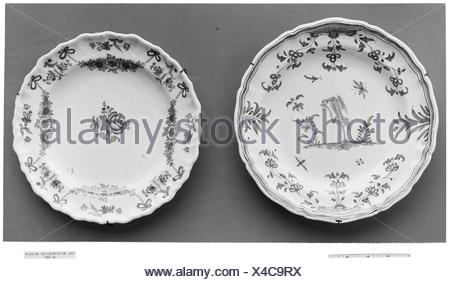 Plate. Date: ca. 1750-75; Culture: French, possibly Montpellier; Medium: Tin-glazed earthenware; Dimensions: Diam. 10 in. (25.4 cm); Classification: - Stock Photo