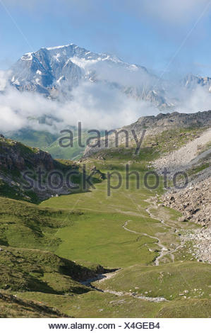 France, South-Eastern France, Vanoise Massif, to the mountain pass of the Lesse and Dome de la Sache - Stock Photo