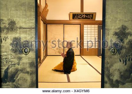 monk meditation in Henjoko monastery monastère Henjôkô  Japon, province de Wakayama, Mont Kôyasan, ensemble de temples et - Stock Photo