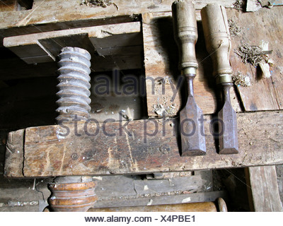 old screw clamp with crow bar