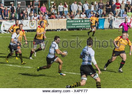 La Rochelle player running with ball, friendly rugby match, Germany against La Rochelle, Fritz-Grunebaum-Sportpark, Heidelberg - Stock Photo