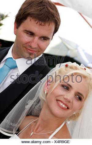 lucky Brautpaar - Stock Photo