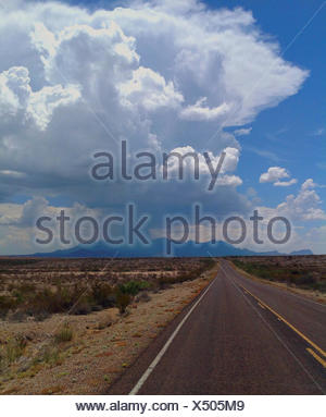 USA, Texas, Brewster County, Big Bend National Park, Desert highway - Stock Photo