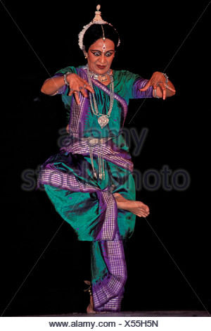 Indian classical dance, Bharata Natyam, dancer Sonal Mansingh, Chennai or Madras, Tamil Nadu, South India, India, Asia - Stock Photo