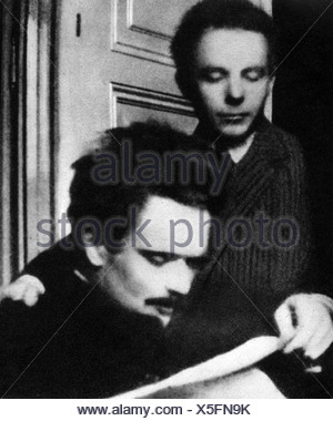 Bartok, Bela 25.3.1881 - 26.9.1945, Hungarian composer, half length with Zoltan Kodaly, 1908, , Additional-Rights-Clearances-NA - Stock Photo