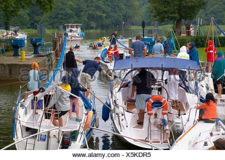 Guzianka Lock on Jez. Beldany (Lake Beldany), Mazurskie Pojezierze, Masuren, East Prussia, Poland, Europe - Stock Photo