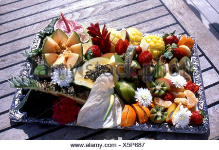 cruise - dessert on air - Stock Photo