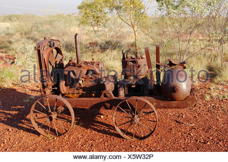 Australia, Abandoned mining equipments at Battery Hill Mining Centre - Stock Photo