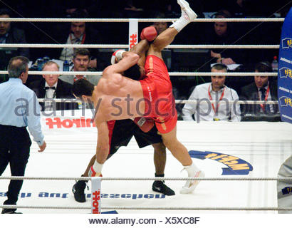 Boxing, Wladimir Klitschko, UKR, vs. Eddie Chambers, USA, heavyweight championship fight in the Esprit Arena, Duesseldorf - Stock Photo