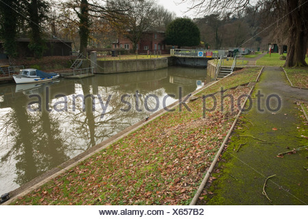 Cookham Lock on the River Thames, Berkshire, UK - Stock Photo